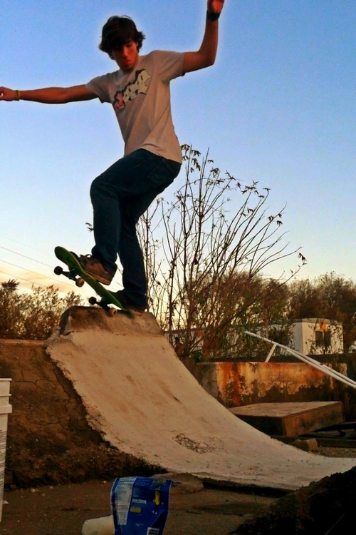 Lucas Nurnberger, DIY Mini Ramp.