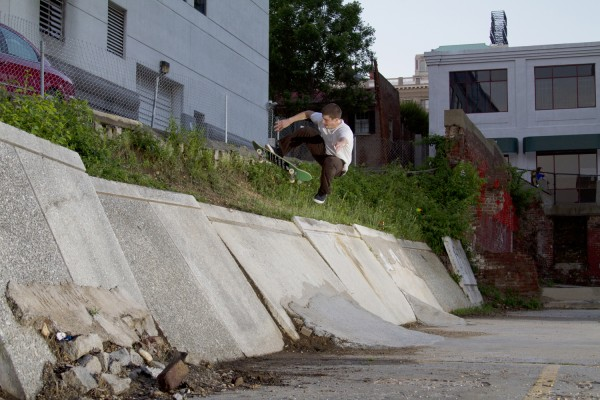 Paul Tucci, no comply. *click to enlarge