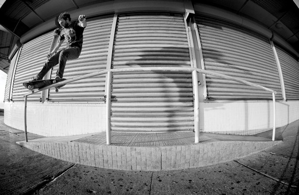 Silas Baxter-Neal, gap to frontside feeble. (*click to enlarge)