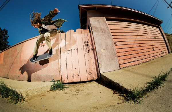 Tyson Peterson, gap wallride. PHOTO / STRAND (*click to enlarge)