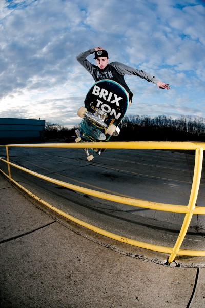 Frankie Spears, frontside feeble. (*Click to enlarge)