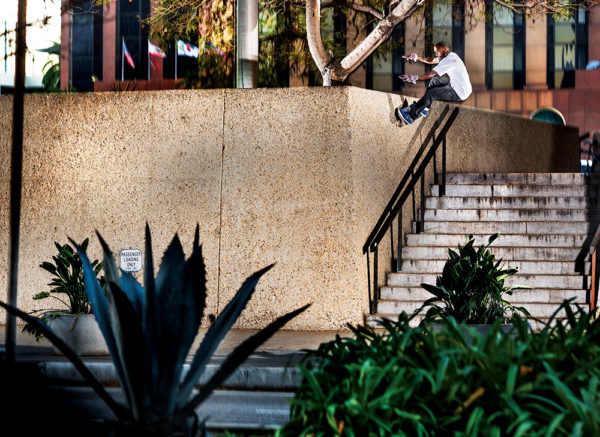 windsor-james-frontside-wallride