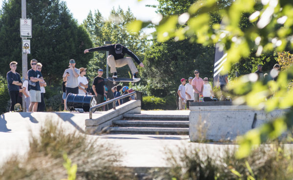 Casual snaps. Donnelly has frontside flips on lock.