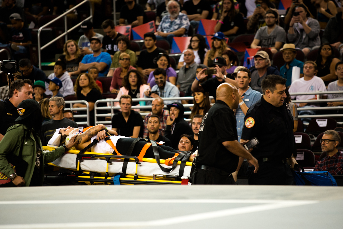 Leticia unfortunately left the course on a stretcher after a gnarly slam.