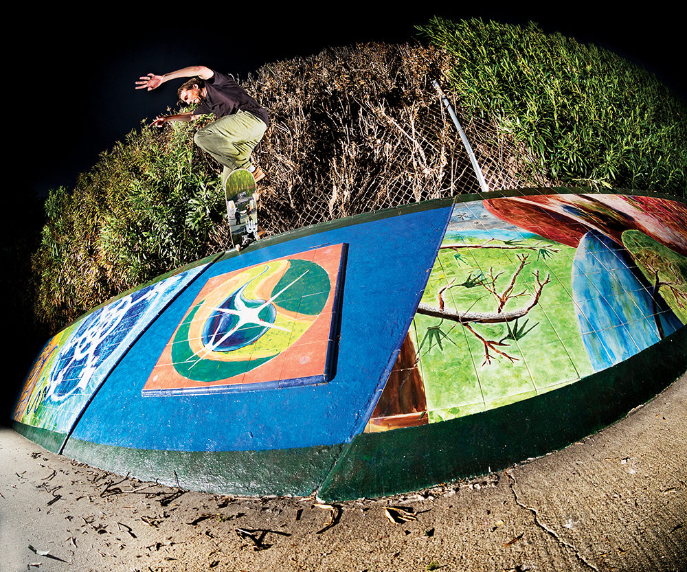 marius-syvanen-switch-crooked-grind