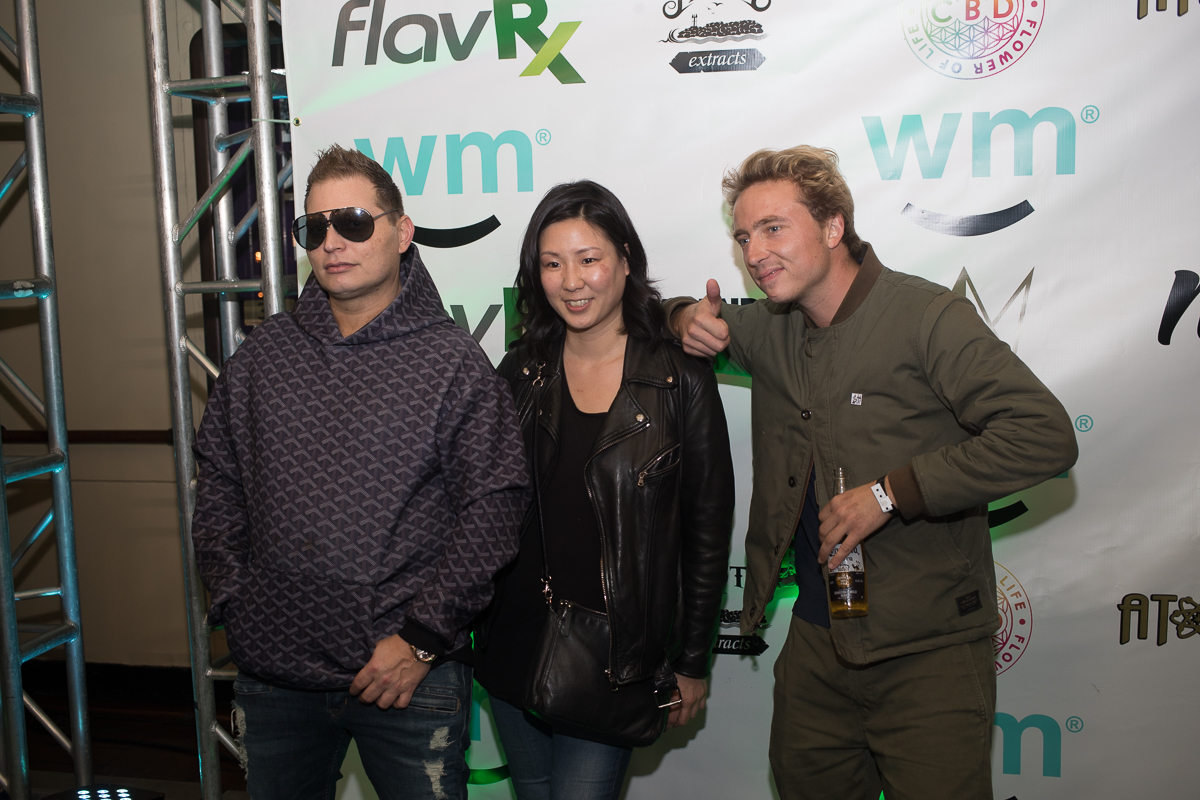 Marius getting it in on the teal carpet with Scott Storch.